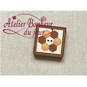 Bouton bois peint mini patch hexagone